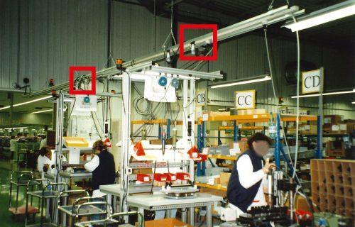 Canalisations électriques à prises déplaçables pour l'alimentation de postes fixes.