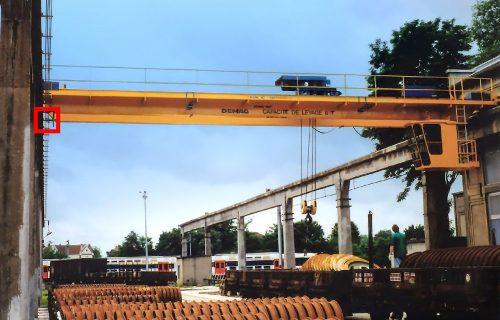 Rails électriques pour l'alimentation de ponts roulants de 8 Tonnes. Installation en service extérieur.