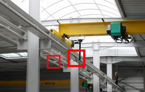 Rails électriques pour l'alimentation de ponts roulants de 2 X 1, 6 Tonnes sous abri.