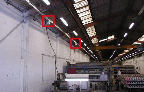 Rails électriques pour l'alimentation de différentes machines servant à la fabrication de poutres béton préfabriquées.